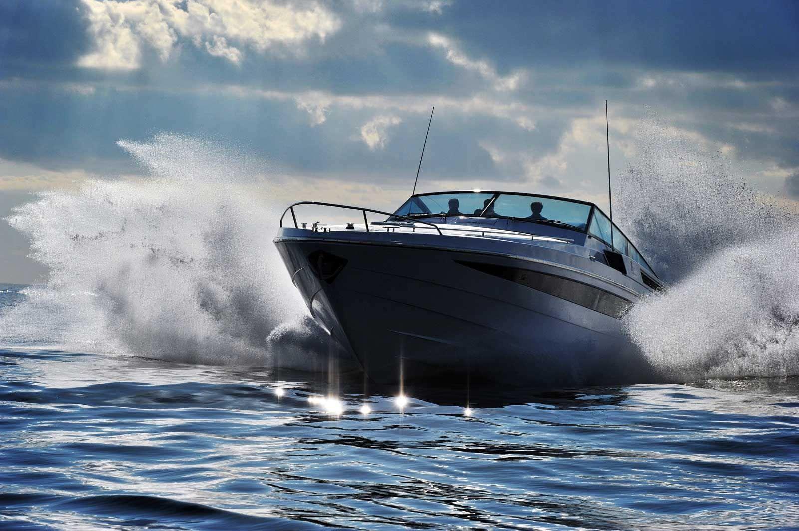 volvo-penta-yacht